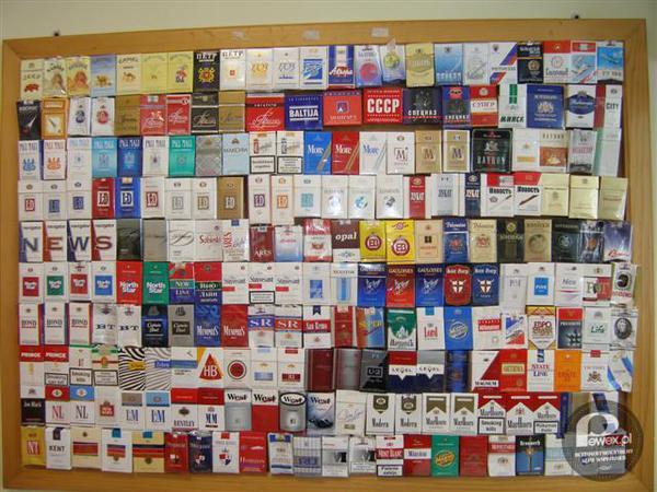 Hobby PRL-u - zbieranie paczek po papierosach –